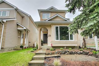Photo 1: 231 COACHWAY Road SW in Calgary: Coach Hill Detached for sale : MLS®# C4305633