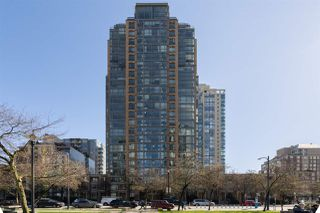 "Photo 29: 409 1188 RICHARDS Street in Vancouver: Yaletown Condo for sale in ""Park Plaza"" (Vancouver West)  : MLS®# R2475181"