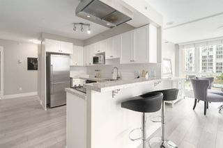 "Photo 10: 409 1188 RICHARDS Street in Vancouver: Yaletown Condo for sale in ""Park Plaza"" (Vancouver West)  : MLS®# R2475181"