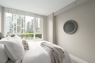 "Photo 19: 409 1188 RICHARDS Street in Vancouver: Yaletown Condo for sale in ""Park Plaza"" (Vancouver West)  : MLS®# R2475181"