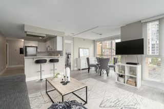 "Photo 3: 409 1188 RICHARDS Street in Vancouver: Yaletown Condo for sale in ""Park Plaza"" (Vancouver West)  : MLS®# R2475181"