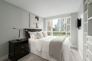 "Photo 13: 409 1188 RICHARDS Street in Vancouver: Yaletown Condo for sale in ""Park Plaza"" (Vancouver West)  : MLS®# R2475181"