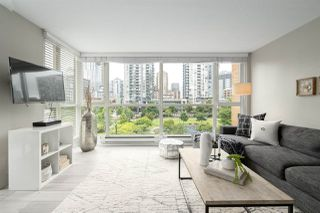 "Photo 4: 409 1188 RICHARDS Street in Vancouver: Yaletown Condo for sale in ""Park Plaza"" (Vancouver West)  : MLS®# R2475181"