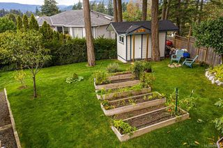 Photo 13: 548 Hoffman Ave in : La Mill Hill House for sale (Langford)  : MLS®# 858344