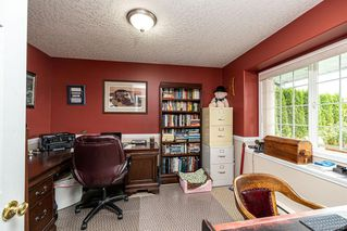 Photo 37: 548 Hoffman Ave in : La Mill Hill House for sale (Langford)  : MLS®# 858344