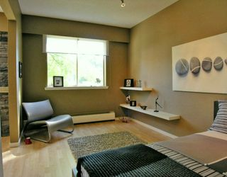 "Photo 4: 112 610 3RD AV in New Westminster: Uptown NW Condo for sale in ""Jae Mar Court"" : MLS®# V591900"