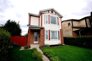 Main Photo: 1920 108 Street in Edmonton: Zone 16 House for sale : MLS®# E4165709