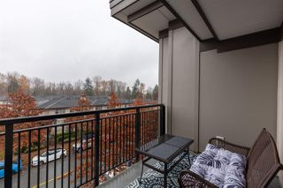 "Photo 8: 404 1128 KENSAL Place in Coquitlam: New Horizons Condo for sale in ""Celadon House"" : MLS®# R2419336"