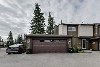 Photo 2: 7067 32 Avenue in Edmonton: Zone 29 Townhouse for sale : MLS®# E4197433