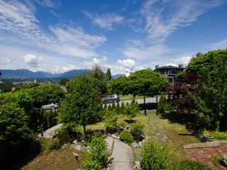 Photo 13: 3636 TRINITY Street in Vancouver: Hastings Sunrise House for sale (Vancouver East)  : MLS®# R2461400