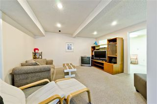 Photo 24: 3203 108 Avenue SW in Calgary: Cedarbrae Detached for sale : MLS®# C4305653