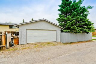 Photo 32: 3203 108 Avenue SW in Calgary: Cedarbrae Detached for sale : MLS®# C4305653