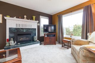 Photo 4: 7954 Lochside Dr in Central Saanich: CS Turgoose Single Family Detached for sale : MLS®# 836425