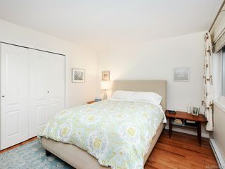 Photo 12: 305 7070 West Saanich Rd in Central Saanich: CS Brentwood Bay Condo for sale : MLS®# 842049