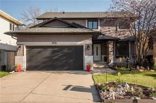 Photo 1: 2536 DOUGLAS WOODS Link SE in Calgary: Douglasdale/Glen Detached for sale : MLS®# A1015409