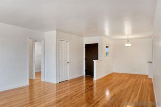 Photo 4: SAN DIEGO House for sale : 3 bedrooms : 4909 Dafter Dr