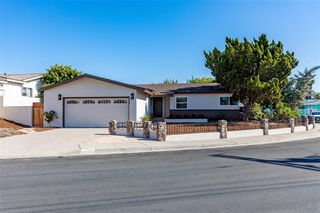 Photo 2: SAN DIEGO House for sale : 3 bedrooms : 4909 Dafter Dr