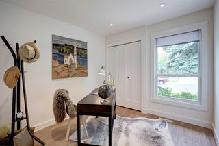 Photo 16: 6012 84 Street NW in Calgary: Silver Springs Detached for sale : MLS®# A1025546