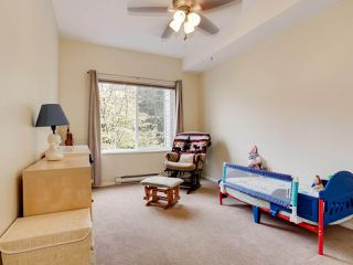 "Photo 3: 102 4745 54A Street in Delta: Delta Manor Condo for sale in ""ADLINGTON COURT"" (Ladner)  : MLS®# R2517301"