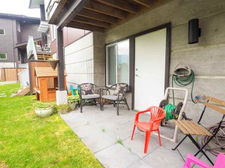 """Photo 19: 9 41488 BRENNAN Road in Squamish: Brackendale House 1/2 Duplex for sale in """"RIVENDALE"""" : MLS®# R2457979"""