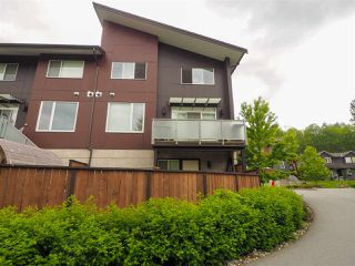 """Photo 25: 9 41488 BRENNAN Road in Squamish: Brackendale House 1/2 Duplex for sale in """"RIVENDALE"""" : MLS®# R2457979"""