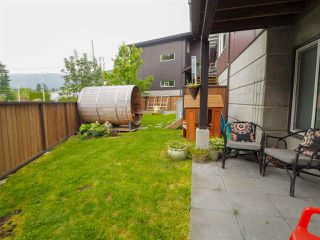 """Photo 20: 9 41488 BRENNAN Road in Squamish: Brackendale House 1/2 Duplex for sale in """"RIVENDALE"""" : MLS®# R2457979"""