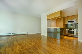 """Photo 4: 205 1833 CROWE Street in Vancouver: False Creek Condo for sale in """"FOUNDARY BUILDING"""" (Vancouver West)  : MLS®# R2460094"""