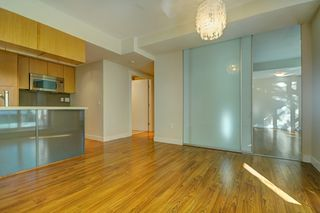 """Photo 5: 205 1833 CROWE Street in Vancouver: False Creek Condo for sale in """"FOUNDARY BUILDING"""" (Vancouver West)  : MLS®# R2460094"""