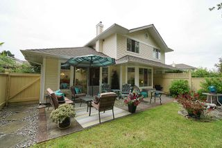 """Photo 1: 88 21138 88 Avenue in Langley: Walnut Grove Townhouse for sale in """"Spencer Green"""" : MLS®# R2470264"""