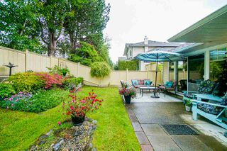 """Photo 4: 88 21138 88 Avenue in Langley: Walnut Grove Townhouse for sale in """"Spencer Green"""" : MLS®# R2470264"""
