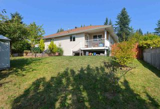 """Photo 22: 811 AURORA Way in Gibsons: Gibsons & Area House for sale in """"Upper Gibsons"""" (Sunshine Coast)  : MLS®# R2497143"""
