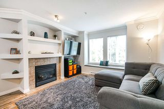 Photo 4: 40 19141 124 Avenue in Pitt Meadows: Mid Meadows Townhouse for sale : MLS®# R2500171