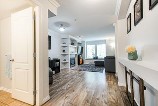 Photo 2: 40 19141 124 Avenue in Pitt Meadows: Mid Meadows Townhouse for sale : MLS®# R2500171