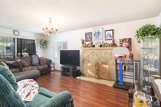 Photo 2: SAN DIEGO House for sale : 4 bedrooms : 3526 Palm Avenue