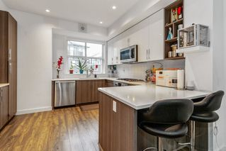 """Photo 7: 40 7039 MACPHERSON Avenue in Burnaby: Metrotown Townhouse for sale in """"VILLO METROTOWN"""" (Burnaby South)  : MLS®# R2522541"""