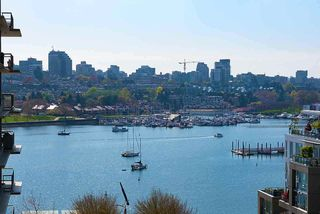 Photo 1: 1007 1288 MARINASIDE CRESCENT in Vancouver: Yaletown Condo for sale (Vancouver West)  : MLS®# R2514095