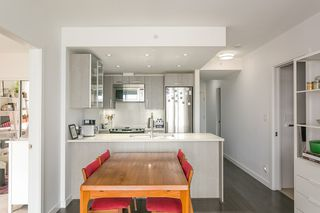 Photo 9: 1203 983 E HASTINGS STREET in Vancouver: Strathcona Condo for sale (Vancouver East)  : MLS®# R2403893