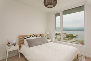 Photo 13: 1203 983 E HASTINGS STREET in Vancouver: Strathcona Condo for sale (Vancouver East)  : MLS®# R2403893