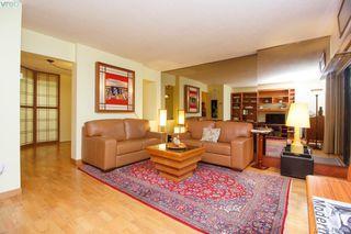 Photo 6: 103 2605 Windsor Road in VICTORIA: OB South Oak Bay Condo Apartment for sale (Oak Bay)  : MLS®# 419302