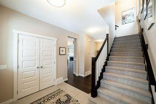 Photo 2: 745 DECOTEAU Way in Edmonton: Zone 27 House for sale : MLS®# E4187336