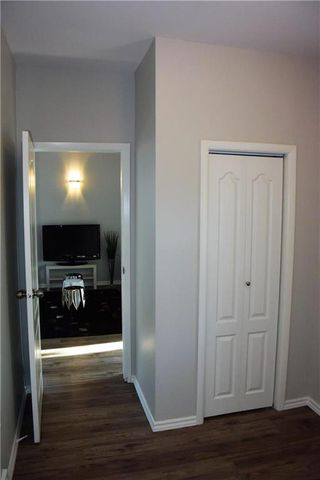 Photo 9: 731 Beecher Avenue in Winnipeg: Parkway Village Residential for sale (4F)  : MLS®# 202008965