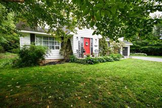 Photo 2: 2 Kipawa Crescent in Hammonds Plains: 21-Kingswood, Haliburton Hills, Hammonds Pl. Residential for sale (Halifax-Dartmouth)  : MLS®# 202011975