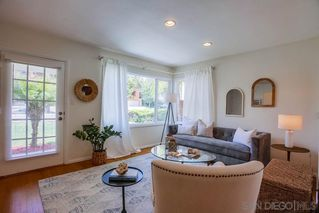 Photo 3: PACIFIC BEACH House for sale : 3 bedrooms : 1649 Chalcedony St in San Diego