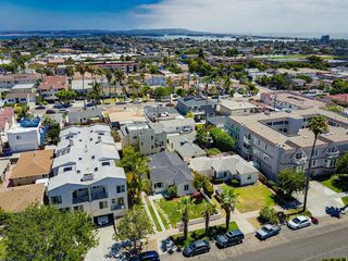 Photo 25: PACIFIC BEACH House for sale : 3 bedrooms : 1649 Chalcedony St in San Diego