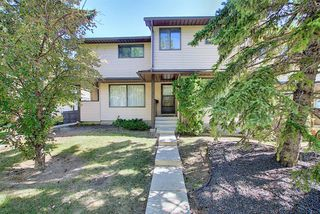 Photo 1: 58 380 BERMUDA Drive NW in Calgary: Beddington Heights Row/Townhouse for sale : MLS®# A1026855