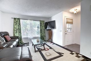 Photo 4: 58 380 BERMUDA Drive NW in Calgary: Beddington Heights Row/Townhouse for sale : MLS®# A1026855