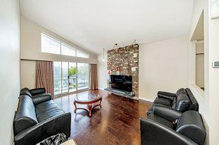"Photo 3: 131 WARWICK Avenue in Burnaby: Capitol Hill BN House for sale in ""Capitol Hill"" (Burnaby North)  : MLS®# R2492954"