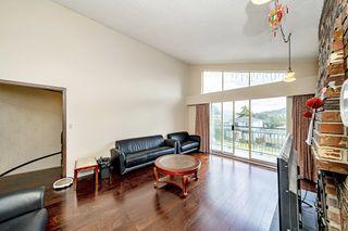 "Photo 2: 131 WARWICK Avenue in Burnaby: Capitol Hill BN House for sale in ""Capitol Hill"" (Burnaby North)  : MLS®# R2492954"
