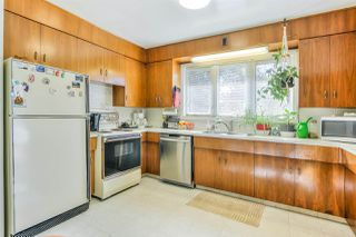 Photo 12: 13311 134 Avenue in Edmonton: Zone 01 House for sale : MLS®# E4216857