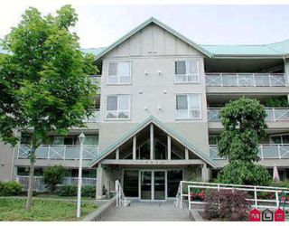 Photo 1: #311 15150 29A Avenue in Surrey: Condo for sale (Crescent Park)  : MLS®# 2315832